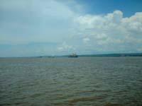 buque en el rio orinoco